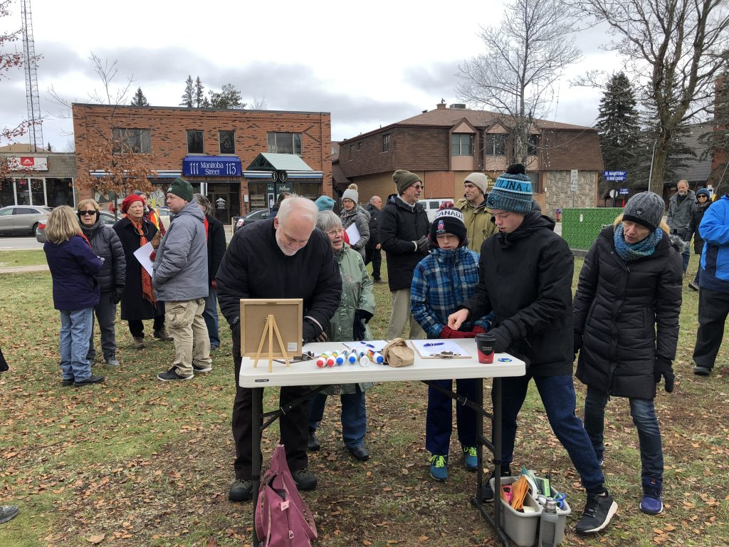 Signing petitions for November 29 climate strike in Muskoka